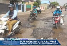 Jalan Pangeran Sutajaya Rusak Parah